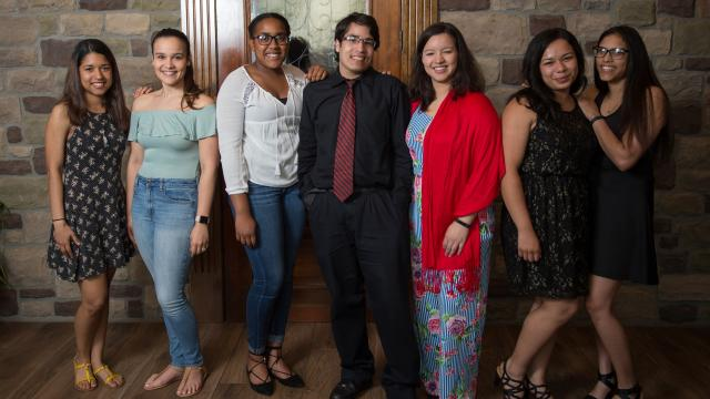 Reading Scholars celebrate graduation