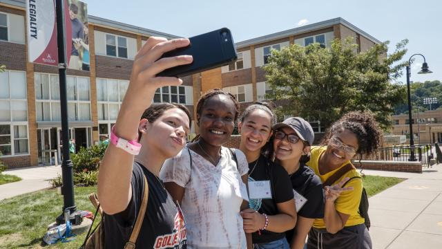 Female students posing for a selfie
